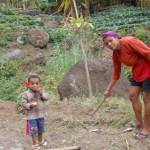 Bäuerin mit Kind
