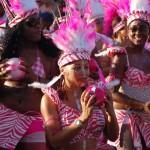 Tänzerinnen in rosa