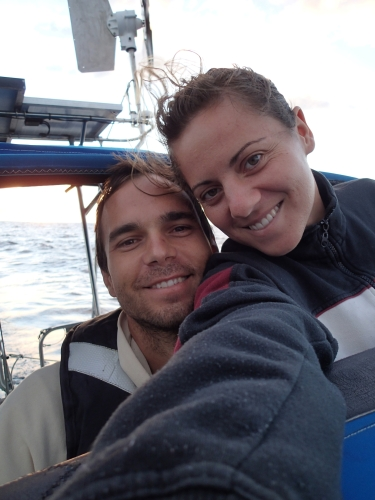 08 - Happy Sailors