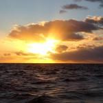 09 - Sonnenaufgang auf See